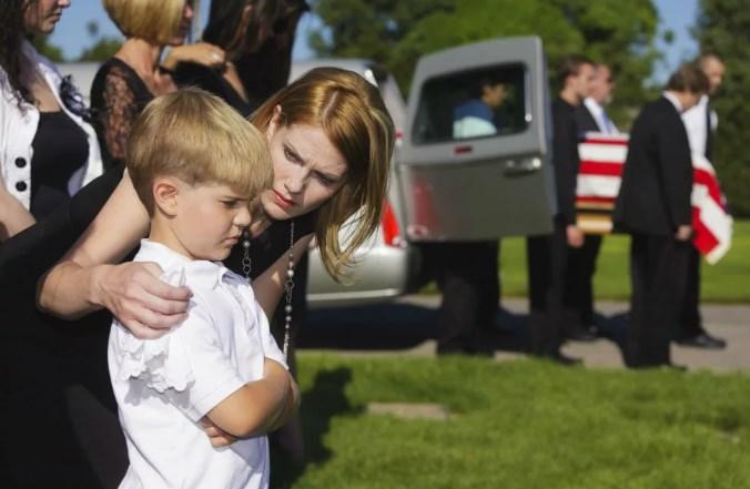 Присутствие беременных на похоронах 96